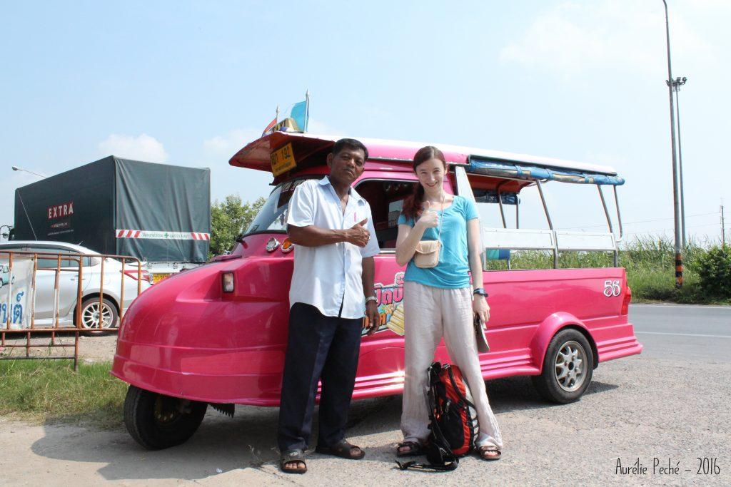 Devant le tuk-tuk de Manop - Ayutthaya (Thaïlande)