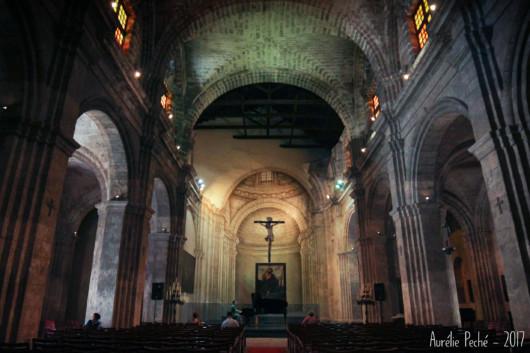 Répétition au piano dans la basilique.