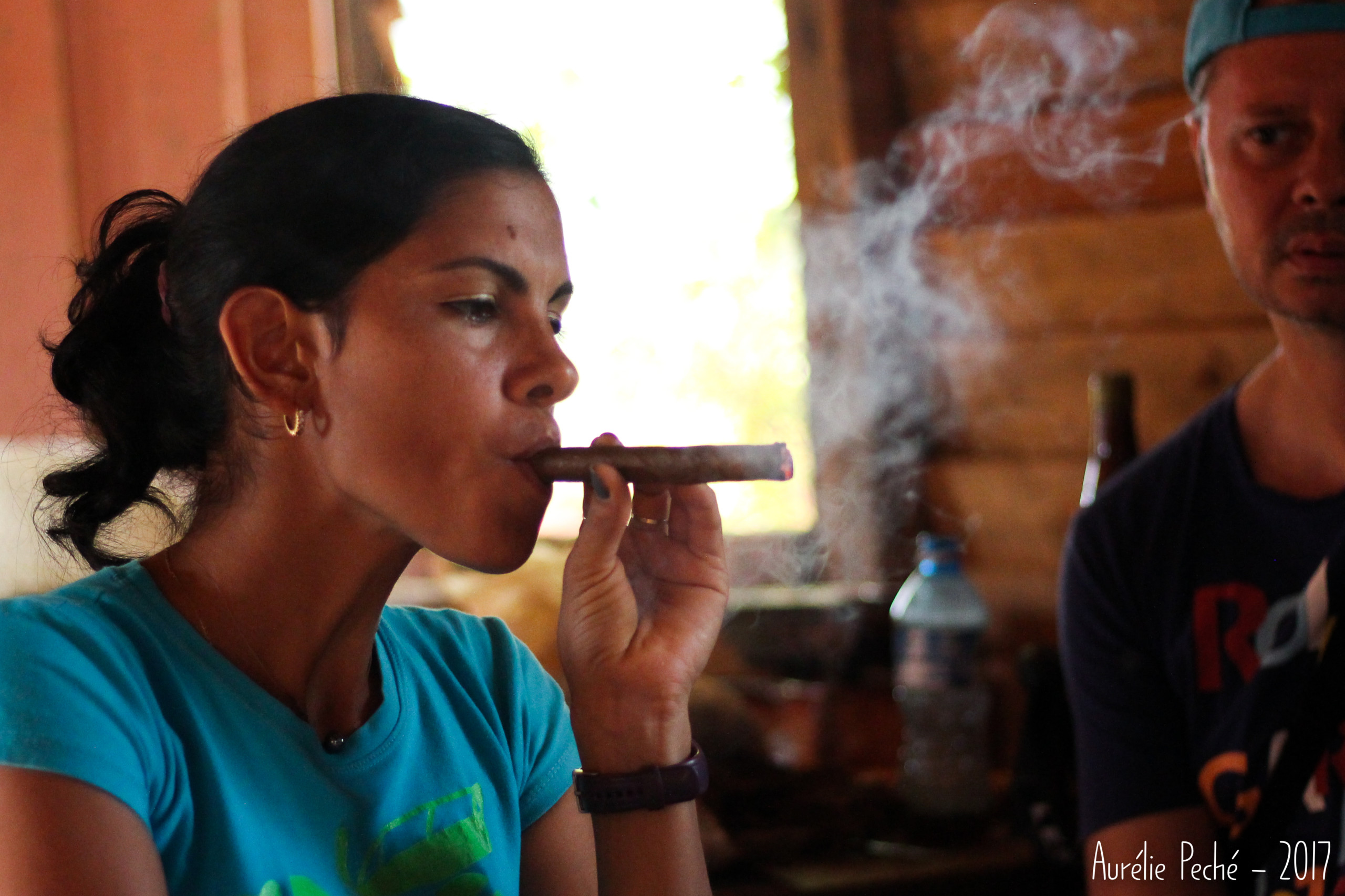 Démonstration de roulage de cigare - Vinales