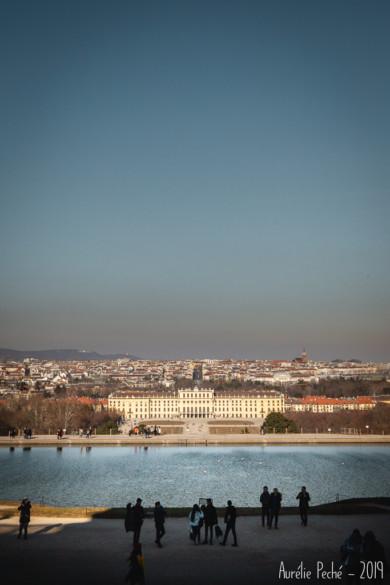 Vue sur le Château de Schonbrunn et Vienne depuis la Gloriette