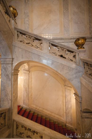 Escalier impérial menant au musée Sissi dans la Hofburg