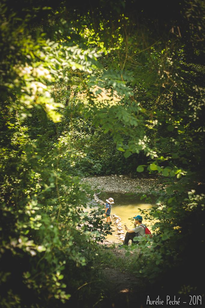 Pause déjeuner près de la rivière